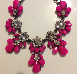 Adorn necklace